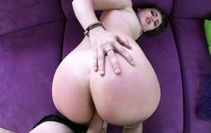 latinasextapes-zoe-doll-spanish-comic-book-nerd-gets-plowed-mofos