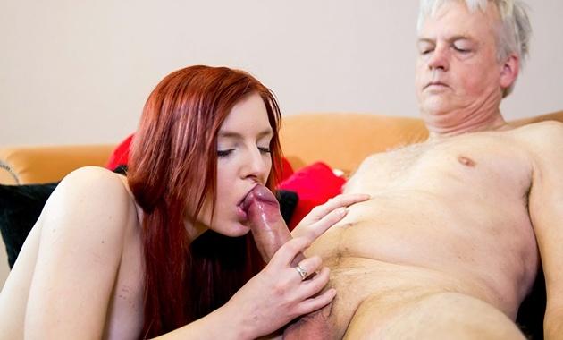 Anciano se folla a la jovencita Vanessa Shelby