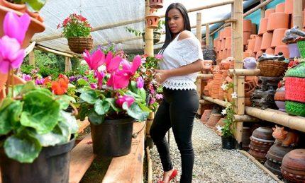 Porndoe Premium Andrea Flores Latina Tetona