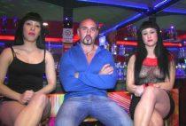 FAKINGS En discoteca ve porno en directo