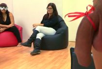 FAKINGS - Laura una TETONA DESESPERADA por un buen polvo