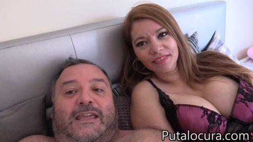 En la cama con Torbe Marien Doll