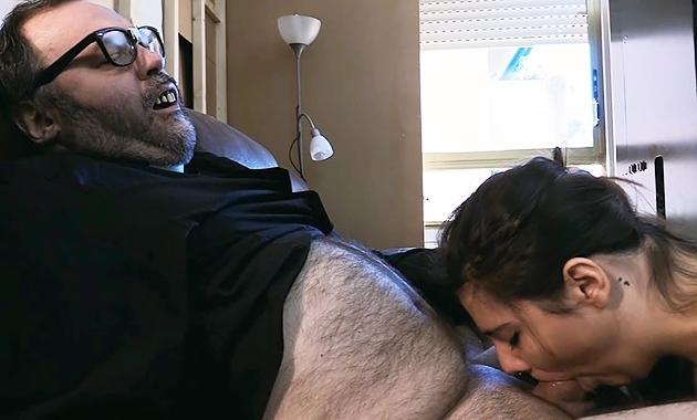 Putalocura Padre Damian Mia Capri